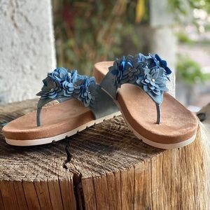 Terris thong sandal from Cliffs by White Mountain